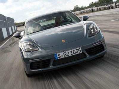 Porsche отзывает 166 автомобилей в России