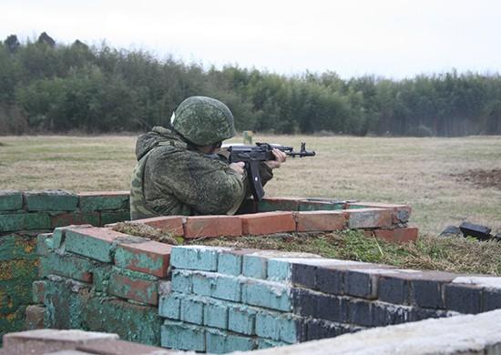 Подразделения российской военной базы в Абхазии в рамках внезапной проверки боеготовности остановили наступление условного противника