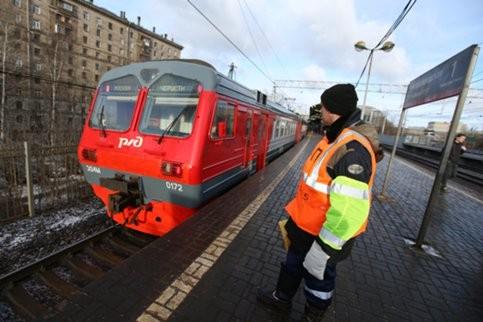 Поезд сбил мужчину в районе ж/д станции