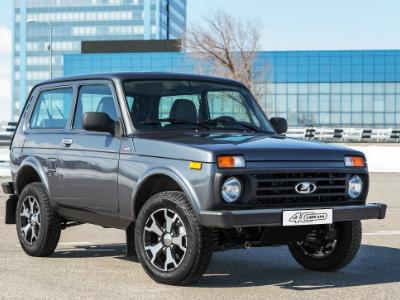 «АвтоВАЗ» озвучил стоимость юбилейной версии «Нивы»