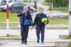 В Екатеринбурге десятки первоклашек остались без школы из-за подделки документов