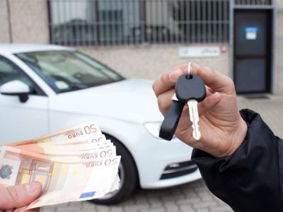 Куда смотреть при покупке автомобиля с пробегом