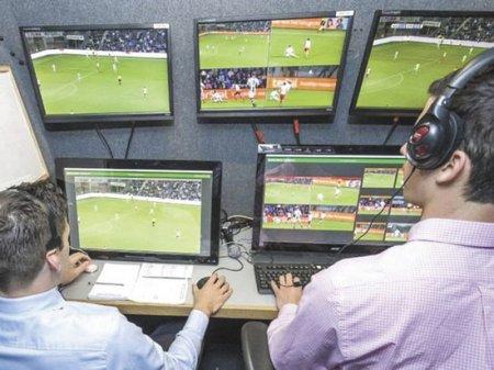 Футбол: ФИФА узаконит видеоповторы