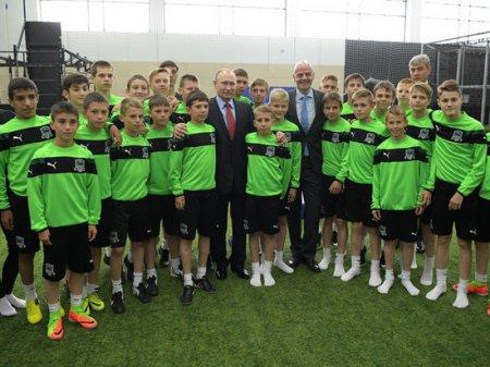 Мутко раскрыл тайный смысл встречи Путина с главой ФИФА