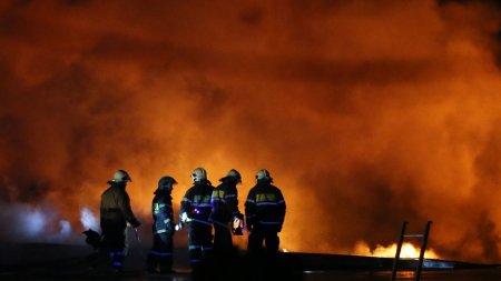Площадь пожара в Подмосковье превысила две тысячи квадратных метров