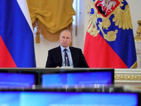 Путин погасил скандал вокруг правительства Медведева: майские посиделки в Кремле