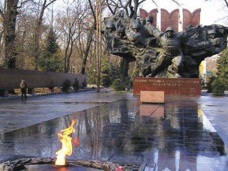 Узнать правду о войне, никого не оскорбив: подвиг панфиловцев был