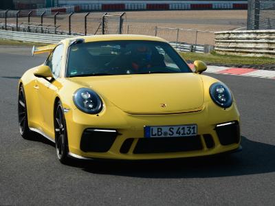 Новый Porsche 911 GT3 побил собственный рекорд на Нюрбургринге