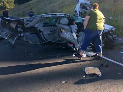 Видео: Chevrolet Impala разорвало надвое в аварии с Toyota Sequoia