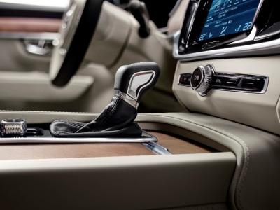 11 опций, без которых вашей машине не место в XXI веке
