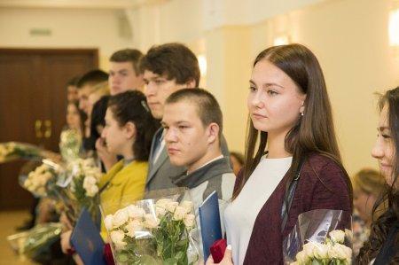Шестнадцать сирот получили квартиры в Люберцах