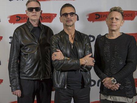 Фронтмен Depeche Mode Гаан выписан из больницы: выступит в Киеве