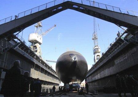 Заместитель Министра обороны России Юрий Борисов принял участие в закладке двух подлодок проекта 636.3 «Варшавянка» для ТОФ