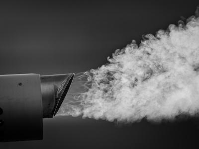 О чём может рассказать дым из выхлопной трубы