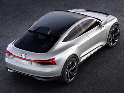 Audi представит электрокар с солнечными батареями