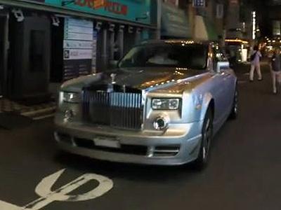 Видео: Начто и зачем владелец Rolls-Royce променял «родной» мотор