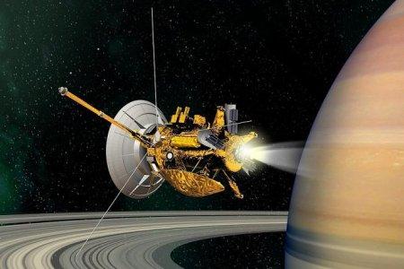 Последний салют: лучшие снимки космического зонда Cassini за 13 лет на орбите Сатурна