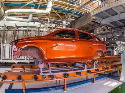 Производство автомобилей в августе выросло на четверть