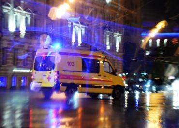 В ДТП с участием «скорой» и иномарки пострадал один человек в Москве