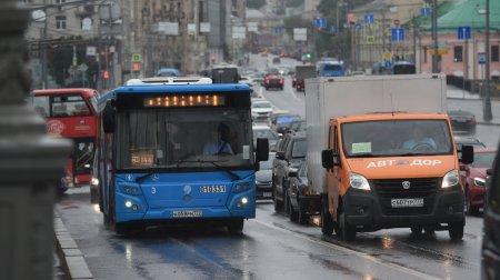 Автобус маршрута №13 в Москве изменил линию для удобства пассажиров