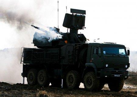 Расчеты ЗРПК «Панцирь-С» ВВО отразили нападение «террористов» и уничтожили воздушные цели условного противника