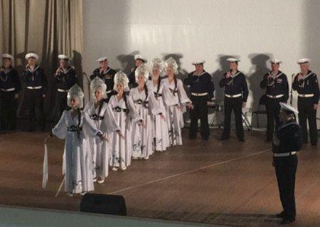 Творческие коллективы Тихоокеанского флота и ВМС Индии выступили с совместным концертом для участников учения «ИНДРА-2017»