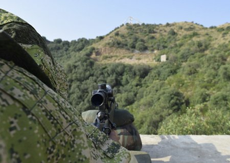 Военнослужащие России и Пакистана в ходе совместного учения блокировали колонну условных террористов в горах Кавказа