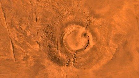 Впервинку детально исследован метеорит, принесенный в марсианском вулкане