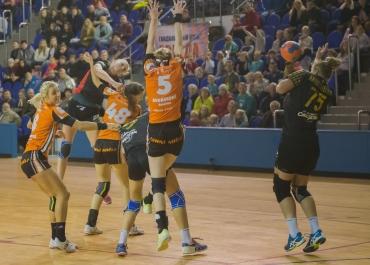 Гандболистки «Звезды» выиграли первый матч у чешского «Баника» в розыгрыше Кубка ЕГФ