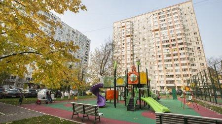 Благоустройство дворов завершили в 25 муниципалитетах региона – Витушева