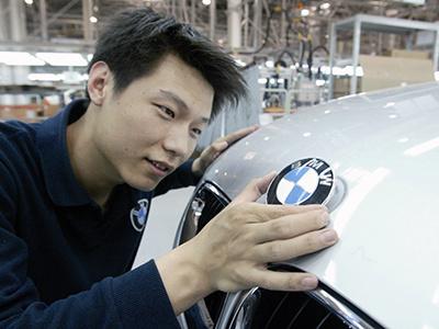 Китай запретил Audi, BMW, Mercedes-Benz и VW выпускать новые модели
