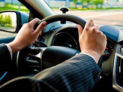 Автомобильный тремор: отчего бьет в руль и трясет при разгоне