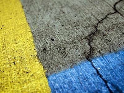 Росавтодор уточнил назначение новой разметки желтого и синего цветов