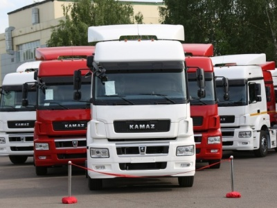 Сборку российских грузовиков наладили в Узбекистане