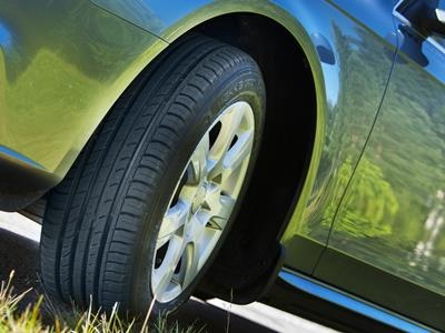 ГИБДД и ЦОДД призвали водителей не менять шины