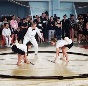 Открытый турнир по сумо
