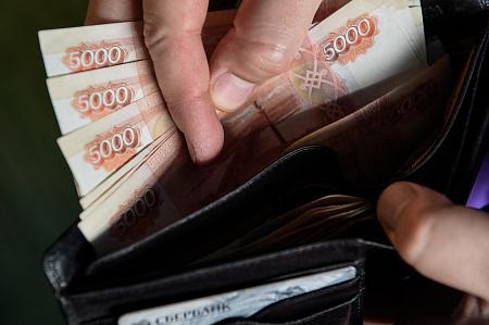 Пенсии, лотереи и вафельная разметка. Что изменится в жизни россиян с апреля
