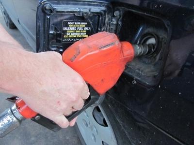 Цены на бензин неумолимо ползут вверх