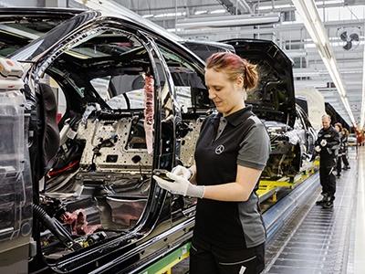 Daimler потратит сотни миллионов евро на реструктуризацию