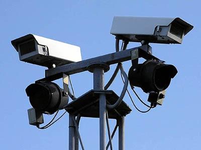 Камеры контроля скорости отключили по всему Нью-Йорку