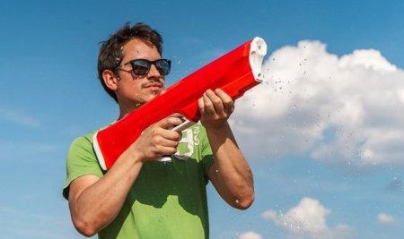 Пистолет-пулемет Spyra One стреляет «водяными пулями» подобно оружию пришельцев