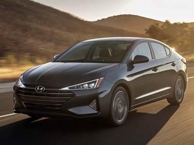 Hyundai показал рестайлинговый седан Elantra