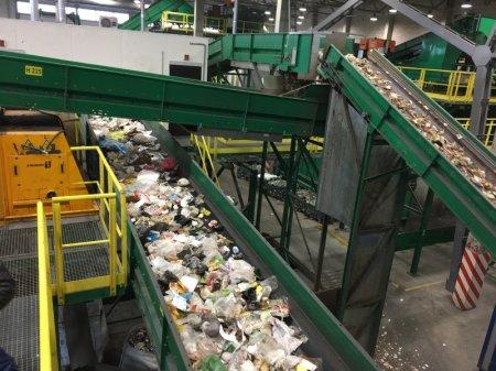 Губернатор рассказал о причинах создания мусороперерабатывающей отрасли в Подмосковье