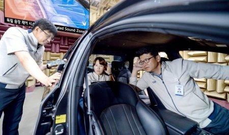 Технология Separated Sound Zone позволит каждому пассажиру автомобиля слушать свою музыку