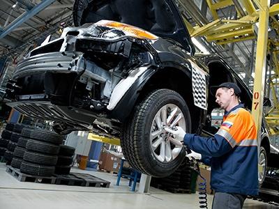 Минпромторг будет проверять происхождение российских автомобилей
