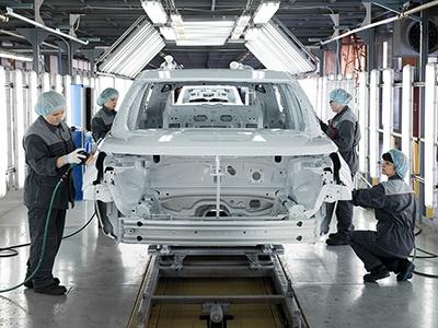 Минпромторг заставит автоконцерны использовать российский металл