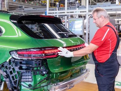 Porsche запустил производство обновлённого Macan