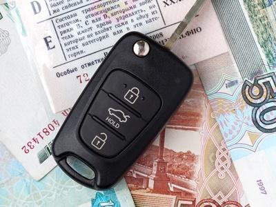 В России оформили два электронных паспорта на автомобили