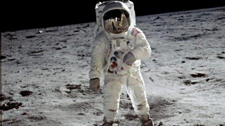 Пять причин позабыть на время о Марсе и вернуться на Луну