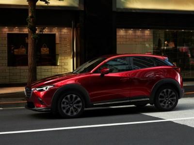 Новая Mazda CX-3 получит заднюю балку и моторы SkyActiv-X
